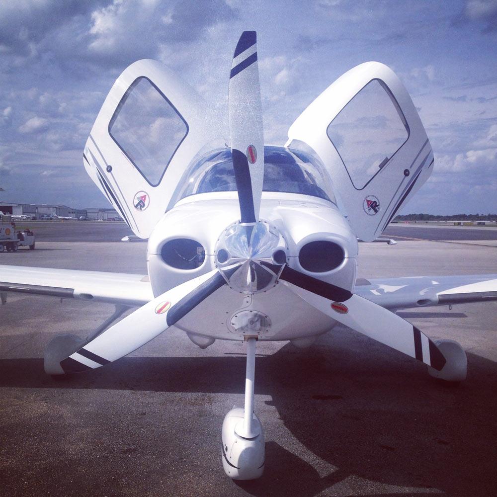 Cirrus SR22 - Contact Pompano Beach Flight Training